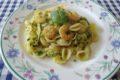 Orecchiette con zucchine e gamberetti