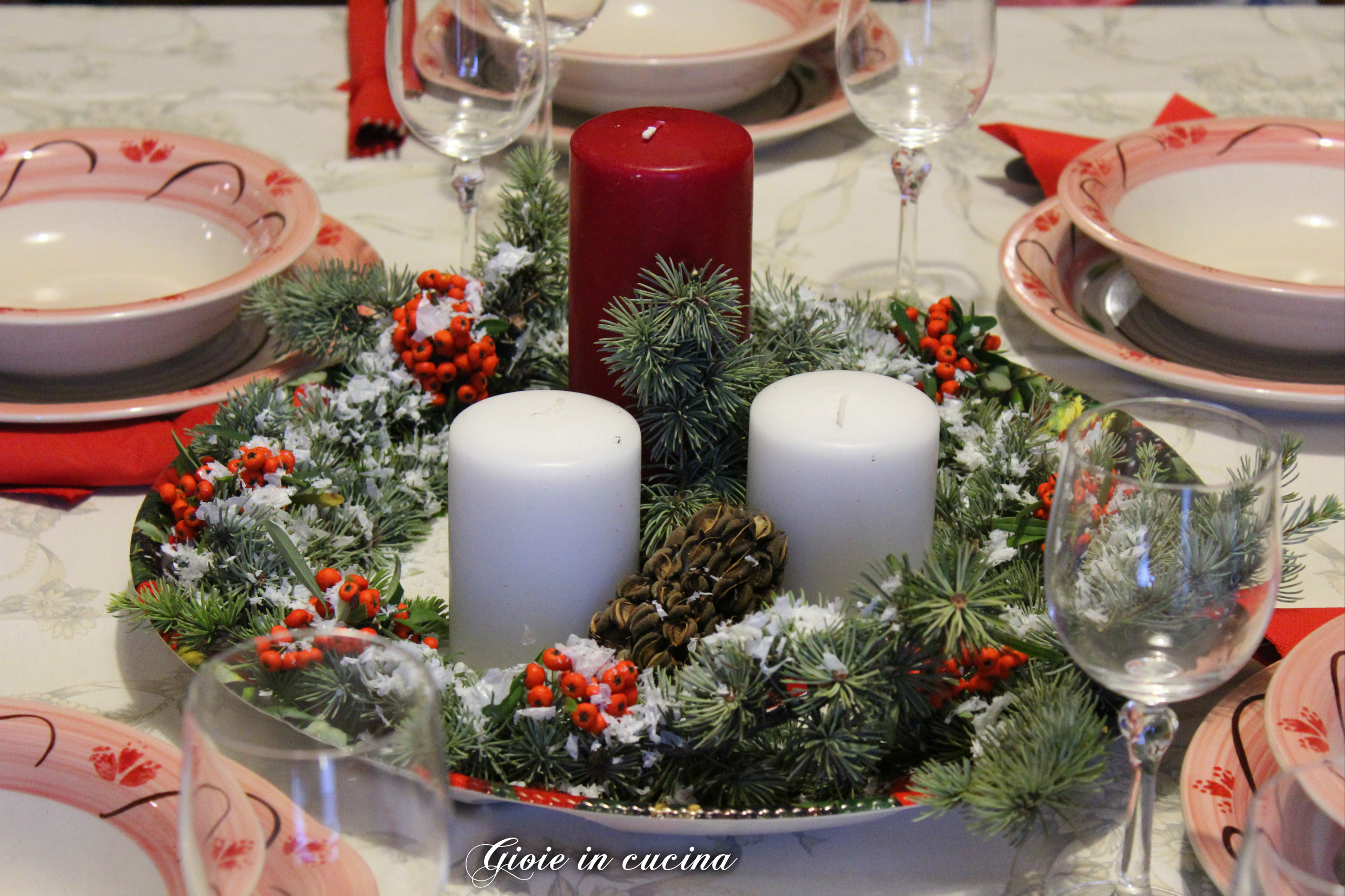 Centro tavola natalizio fai da te gioie in cucina - Centro tavola natalizio con pigne ...