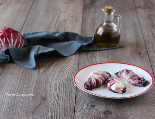 Involtini di radicchio con ricotta e pancetta
