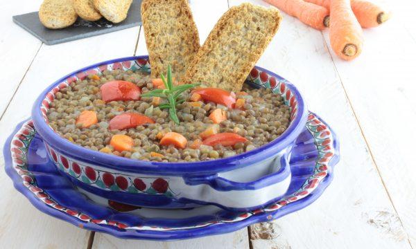 Zuppa di lenticchie, piatto della tradizione.