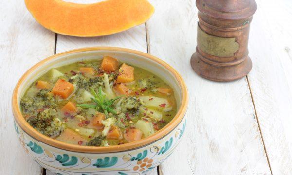 Zuppa di zucca rossa patate e broccoli, buonissima