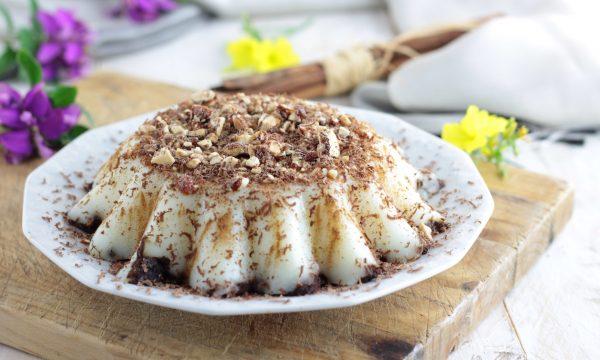 BIANCOMANGIARE, delicato dolce al cucchiaio siciliano