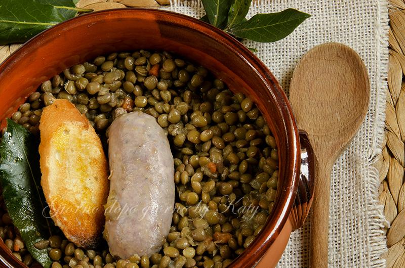 Come cucinare lenticchie e salsiccia con bimby cotto e - Come cucinare salsiccia ...