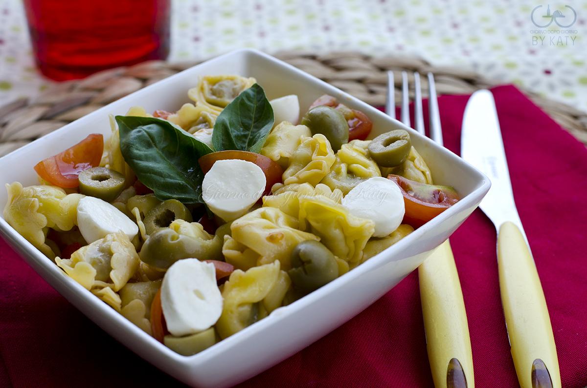 idee per ferragosto insalata fredda di tortellini