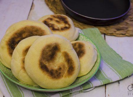 Batbout, pane marocchino cotto in padella