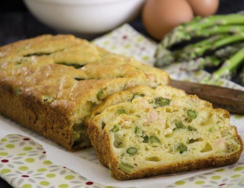 Plumcake con asparagi e salmone
