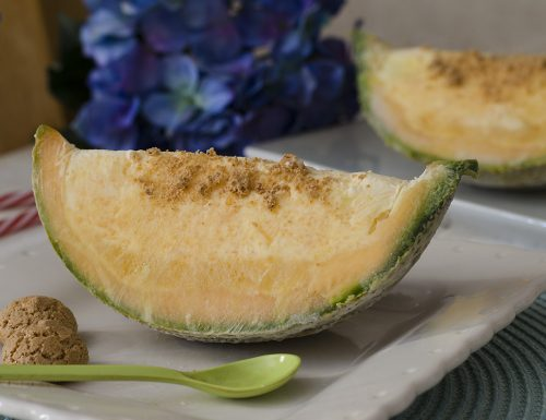 Semifreddo al melone nel melone