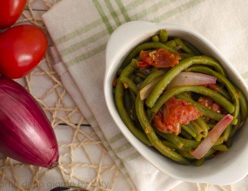 Fagiolini al pomodoro e cipolla