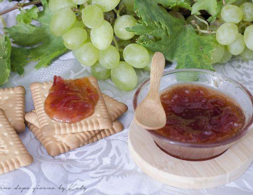 Confettura di uva, ricetta tradizionale e per Bimby