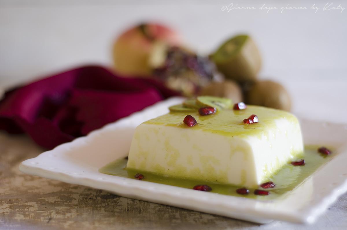 panna cotta al kiwi e melagrana ricetta dolce al cucchiaio realizzata con il bimby,