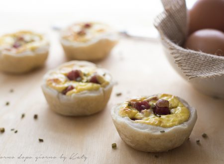 Tortine salate al salame, ricetta antipasto e buffet