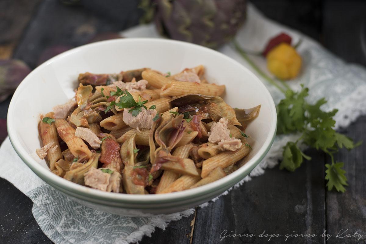 Penne al tonno e carciofi, ricetta rimo piatto di pasta, procedimento con e senza bimby