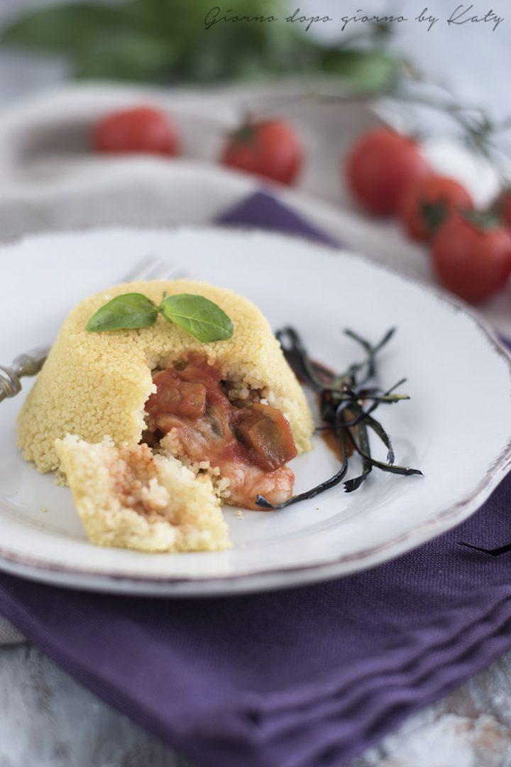 tortini di cous cous con cuore filante di melanzane ricetta antipasto