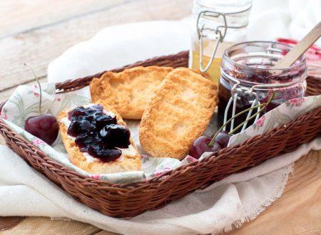 Marmellata di ciliegie con e senza Bimby