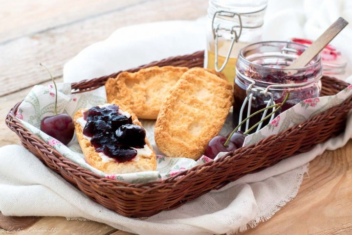 marmellata ciliegie ricetta facile con senza bimby conserve