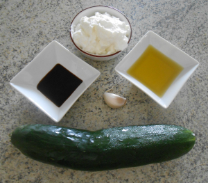 ingredienti tzatziki