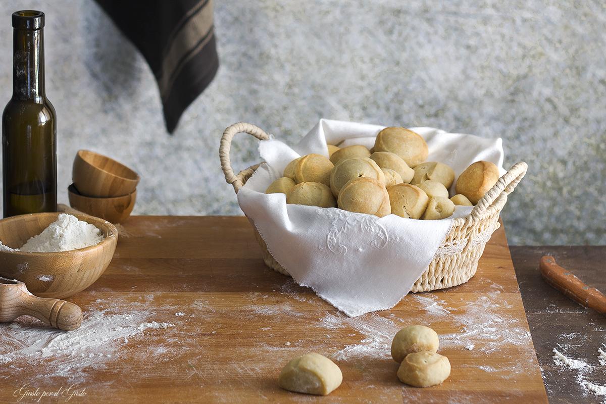 noci di pane con esubero