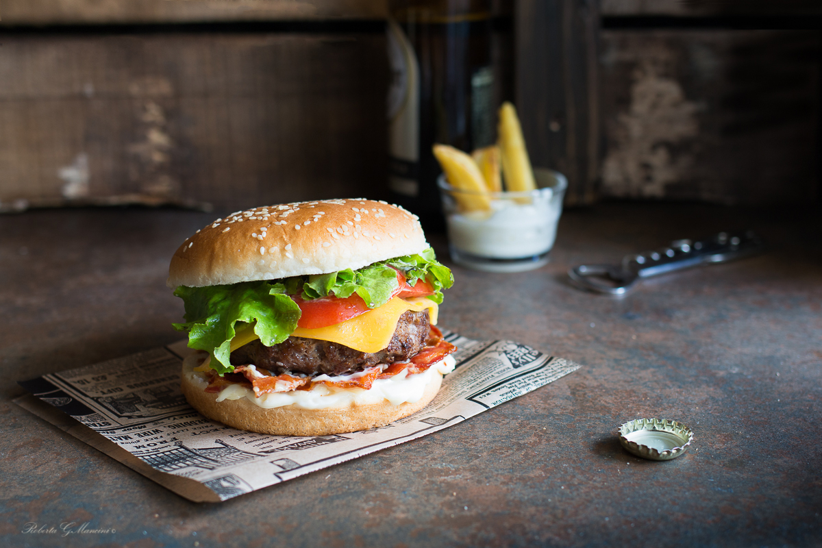 cheeseburger in stile americano