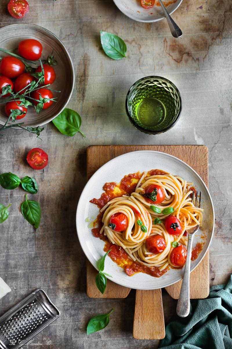 Spaghetti pomodori arrostiti