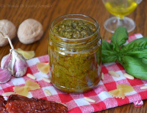 Pesto di basilico e pomodori secchi