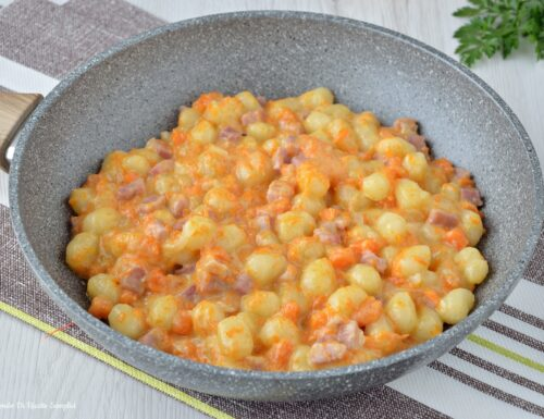 Chicche di patate con zucca e prosciutto