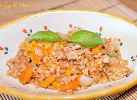 Farrotto ai peperoni gialli e carote, ricetta vegan