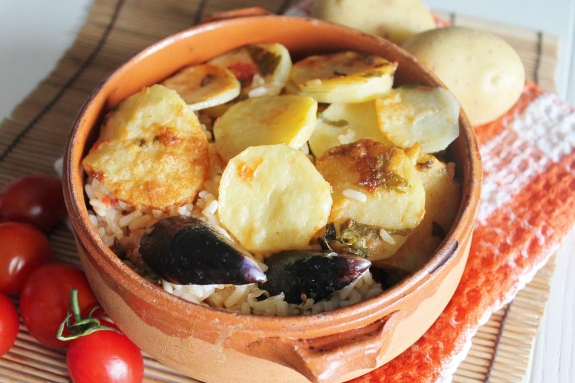tiella di riso, patate e cozze