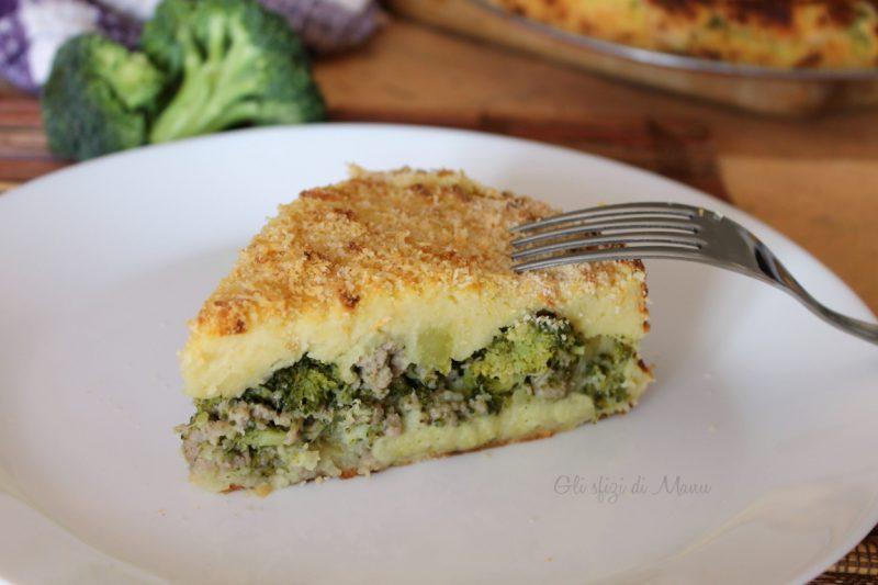 Torta di broccoli salsiccia e patate