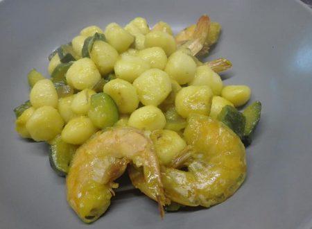 Gnocchetti gamberi,zucchine e zafferano