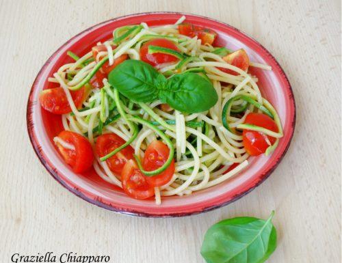 Spaghetti… con spaghetti di zucchine