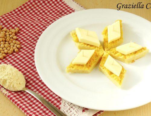 Stuzzichini di farinata al formaggio | Ricetta