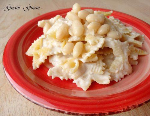 Pasta con crema di fagioli cannellini | Ricetta veloce