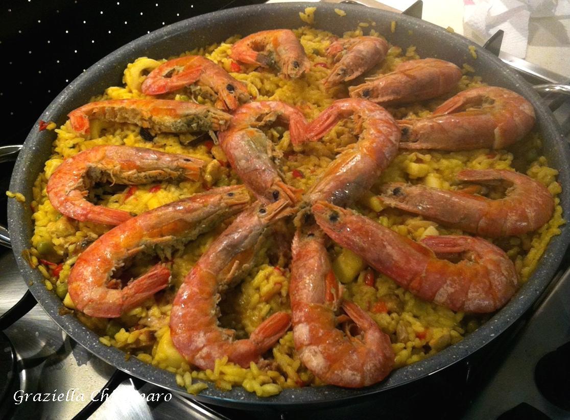 Paella Di Carne E Di Pesce Ricetta Spagnola