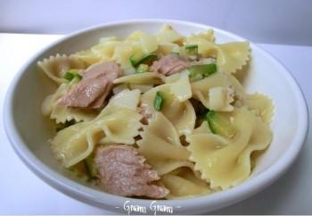 insalata di pasta zucchine patate tonno