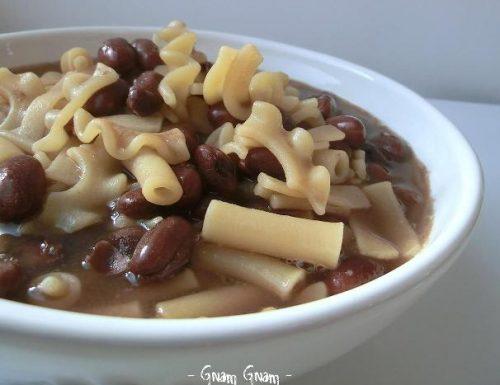 Pasta e fagioli borlotti | Ricetta semplice