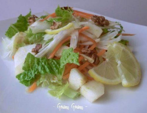 Insalata agrodolce al profumo di limone | Ricetta leggera