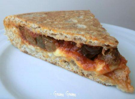 Pizza integrale alla parmigiana cotta in padella   Ricetta
