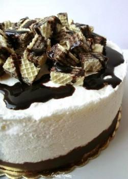 torta semifreddo con wafer e cioccolato
