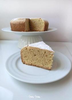 torta alle mandorle senza glutine senza lattosio