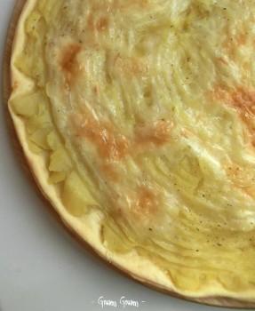 torta salata con patate e taleggio