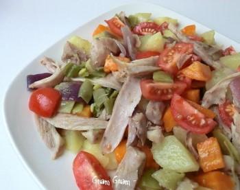 insalata tiepida di pollo e verdure
