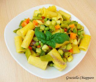 pasta con verdure al curry