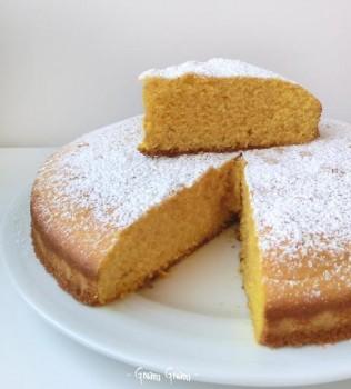 torta soffice con zucca e farina di mais