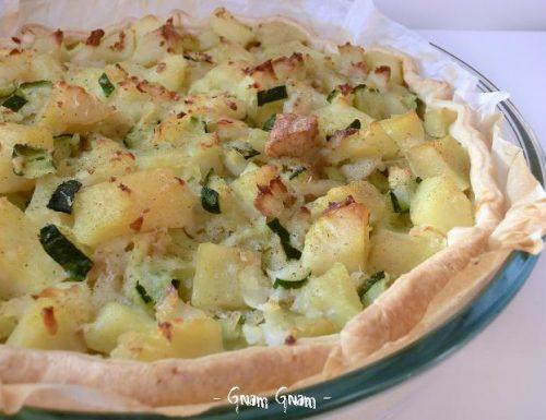 Torta salata con merluzzo patate e zucchine | Ricetta