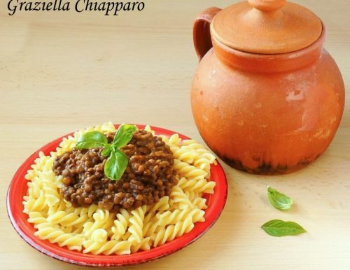 Pasta con ragù di lenticchie | Ricetta