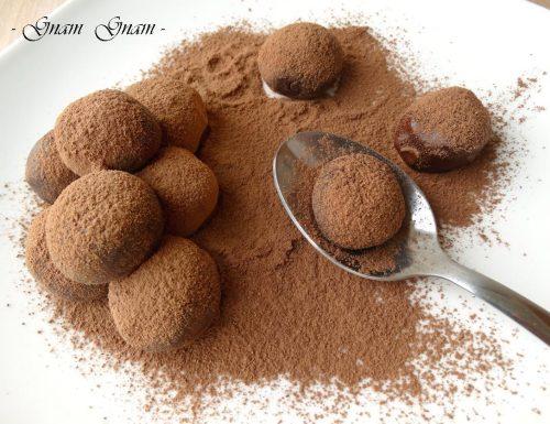 Tartufini panna e cioccolato | Ricetta