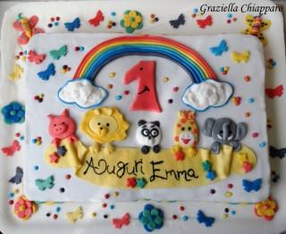 torta colorata con animali
