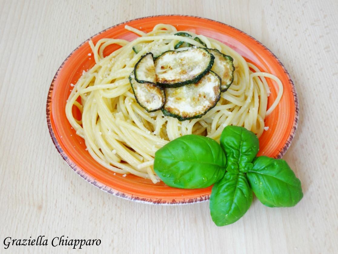 Spaghetti con zucchine alla Nerano | Ricetta napoletana