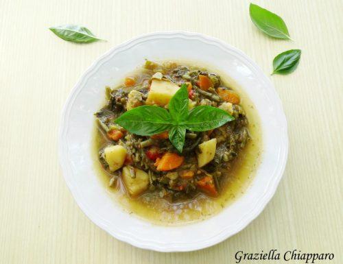 Minestrone di verdure freddo al basilico | Ricetta