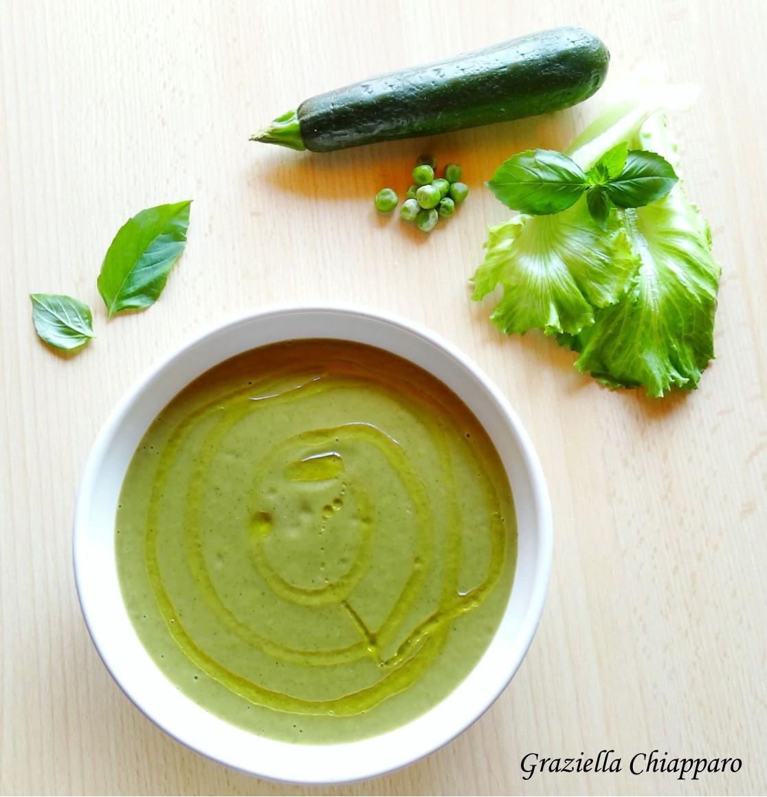 Vellutata con zucchine, piselli e lattuga | Ricetta